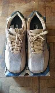Preloved  Skechers Men's Casual Shoes