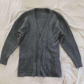 🚚 Aroommodel 古著針織罩衫 灰色