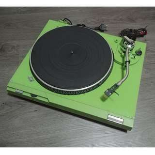 Technics SL-D2 Direct Drive vinyl Turntable ( custom green , vintage made in japan  )
