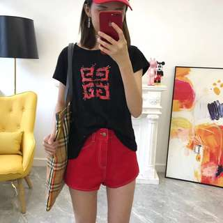 Givenchy tee or short jeans