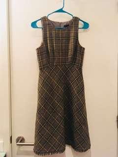Banana Republic dress (size S)