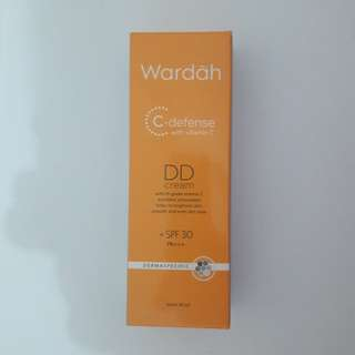 Wardah C-defense DD Cream Light