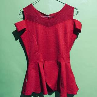 Top peplum red