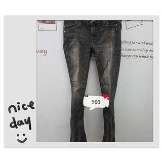 🚚 BRAPPERS牛仔褲,當初買貴貴地兒,要出國了所以整個大出清,質料超好超修飾#瘦
