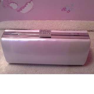 Jual Cepat Kpd Penawar Tertinggi Dlm 30Hari: Clutch Bag Putih Metalik