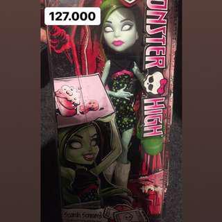 Monster High scarrah screams