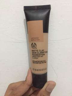 The body shop matte clay foundation 34