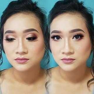 Full Time Makeup Artist