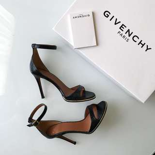 Givenchy black python sandals size 36 / 6