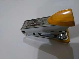 Staples kecil kuning