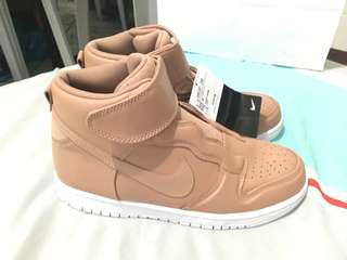 Nike WMNS DUNK HI EASE (NUDE)BROWN/WHITE