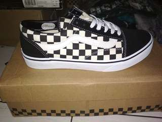 Vans old skool checkerboard ultracush (BNIB) BRAND NEW IN BOX