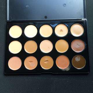 CROWN Cream Foundation Palette