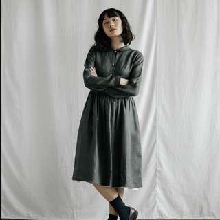 makersgonnamake 泰國品牌 100% 亞麻 洋裝 長裙 可愛白色內裏襯裙 尺寸 M 號 原價 2050 元