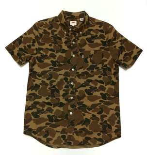 Hightower Levi's All-Over Print Camouflage Button Down