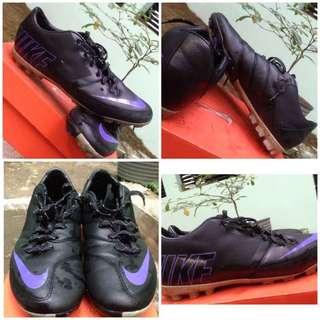Sepatu futsal mercurial New original