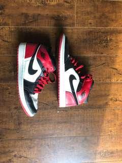 Air Jordan 1 Mid Old Love