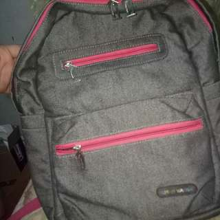 Bisa negoBACKPACK MEDIUM SIZEE