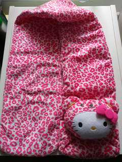 全新 Hello Kitty 頸巾 購自日本