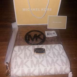 💯Original brand new Michael kors mk wallet wristlet