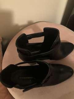 Gabriella black leather boots