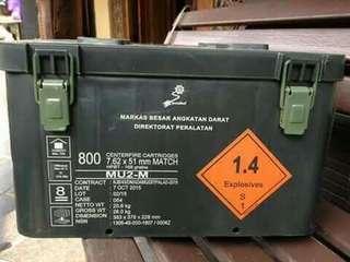 Box peluru bekas