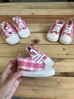 Plaid crib shoes
