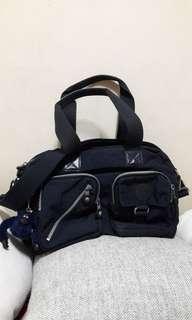 SALE🍎REPRICED🍎Pre-loved Original Kipling Two-way Bag (Navy Blue)