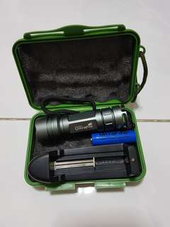 Torch (Rechargeable & Zoomable)
