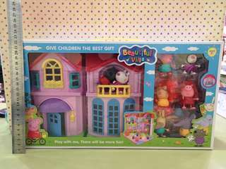 Peppa toy house