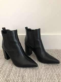 SPURR Black Boots