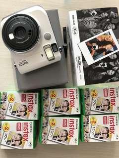 Fujifilm instaxmini 70 White