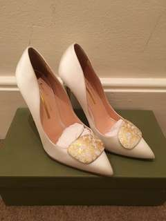Rupert Sanderson 24k Gold Limited Edition Splatter pebble white satin heels