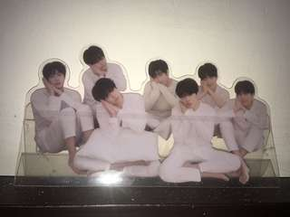 BTS LOVEYOURSELF TEAR STAND