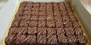 Choc Brownies With Nutella Topping