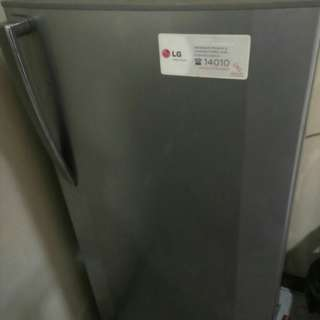 Dijual FREEZER LG SECOND