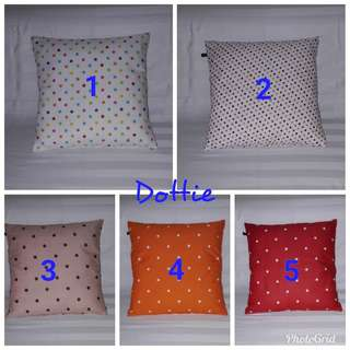 Sarung Bantal Kursi Assorted Motif
