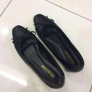 Sembonia Flat Shoes Black (Price Reduced)
