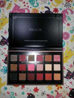 Ready stock Focallure Bright Lux 18 colors Eyeshadow pallete