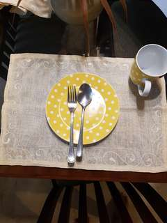 Free Linen placemate isi 6pcs