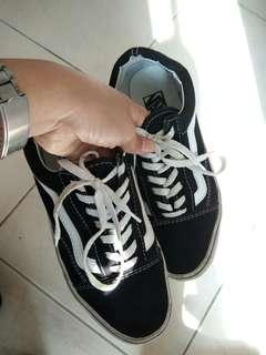 sepatu vans FREE ONGKIR Jabodetabek