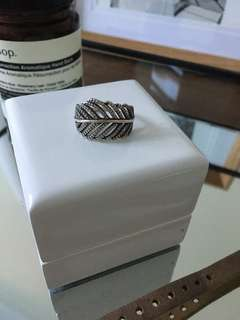 Pandora Feather Ring