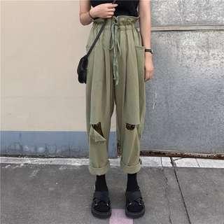 Green/pink pants