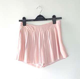 BNWOT EDITOR'S MARKET TEM Baby Pink Pleated Skorts