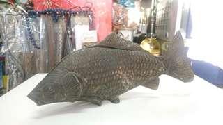 古舊銅魚擺設