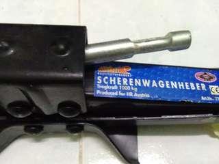 Car Jack + t-handle opener
