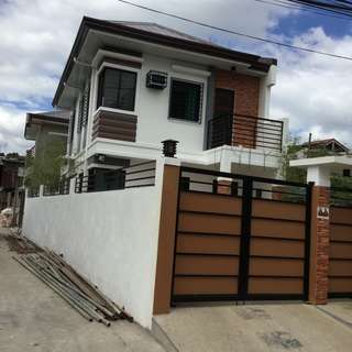 House and Lot in Cresta Verde executive Subd. brgy santa Monica Quezon City