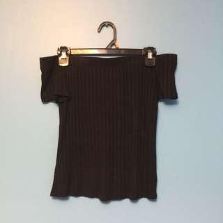 Off-the-shoulder black top