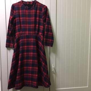 🚚 紅格子綁帶長袖洋裝-全新