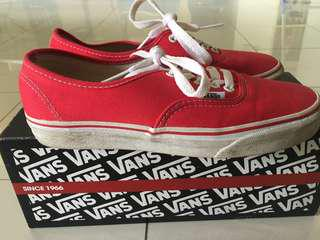 Vans low top (red)